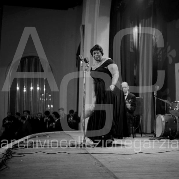 ella fitzgeraldfestival jaz b4617-003 W