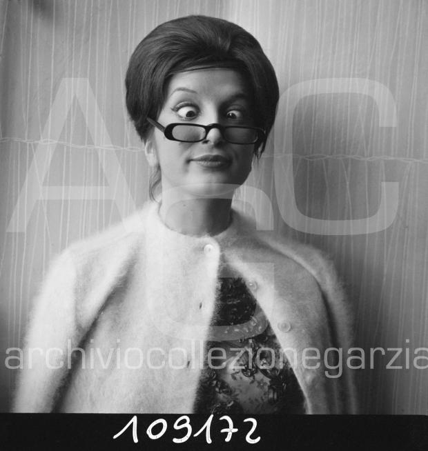 mina-parrucchiere003-copia W